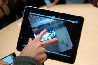 Apple iPad hits the UK