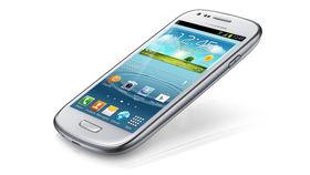 Apple drops patent claim against Samsung Galaxy S3 Mini