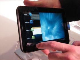 Apple slates Samsung in new iPad keynote