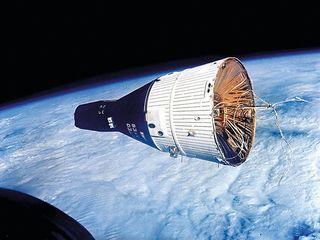 Gemini Moon Capsule