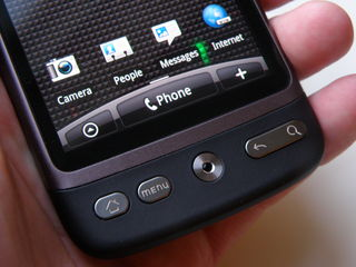 HTC admits no OTA update for Desire