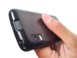 UK Motorola Atrix gets Android 2 3 update