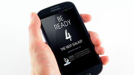 Dual-SIM Samsung Galaxy S4 appears in video leak