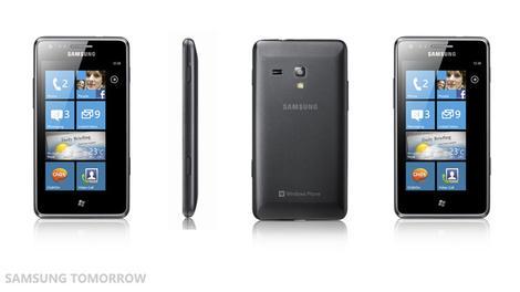 Samsung Omnia M launched: bit of a copy cat