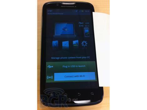 Motorola Atrix 2 breaks cover