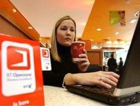 BT cuts Wi-Fi subscription rates by half