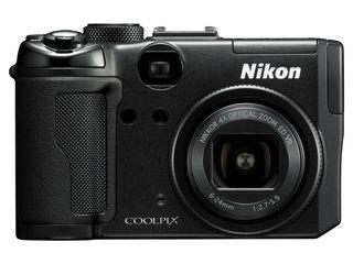 Nikon P6000 comes with geo tag