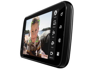 Motorola Atrix vs Samsung Galaxy S2 vs LG Optimus 3D