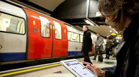Free London Underground Wi-Fi derails, slams into paywall