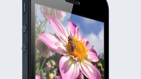Versus: iPhone 6 vs Samsung Galaxy S5: Apple and Samsung do battle again