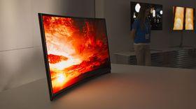 Why is Samsung seeking Google partnership for OLED displays?