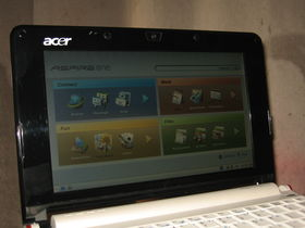 Hands on: Acer's Atom-based Aspire One